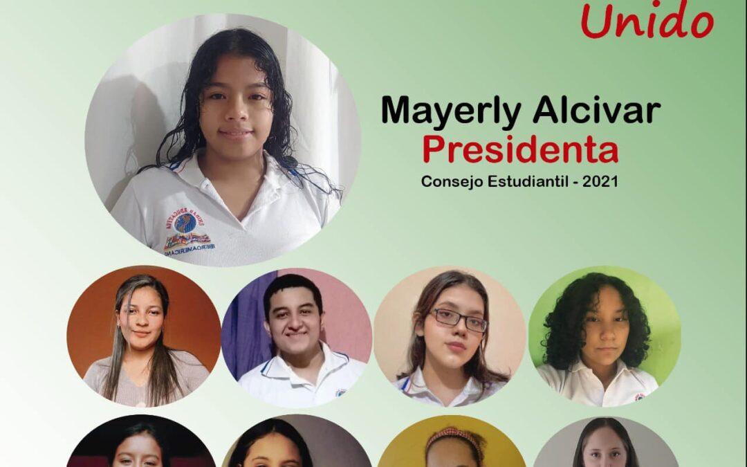 Cumpliendo con los derechos democráticos vigentes en la Constitución del Ecuado…