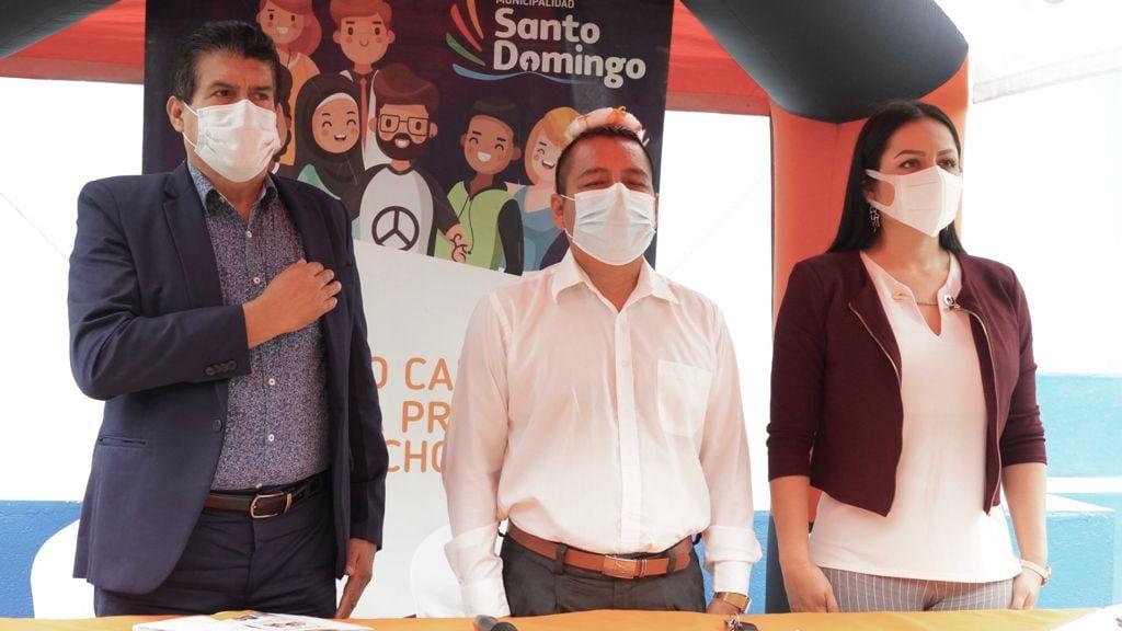 """CERTIFICACIÓN DE LA UNIDAD EDUCATIVA IBEROAMERICANO.  """"Erradicar la Violencia es…"""